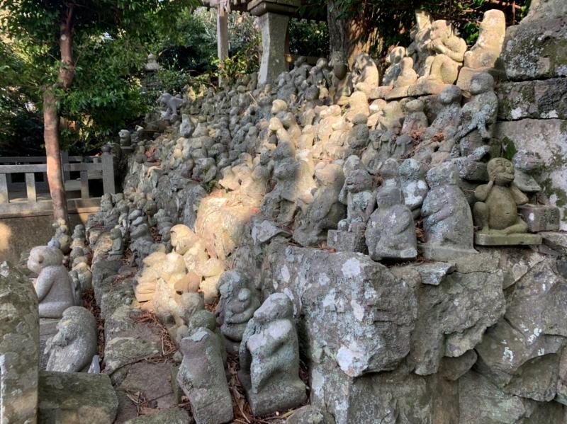 男嶽神社 石猿②
