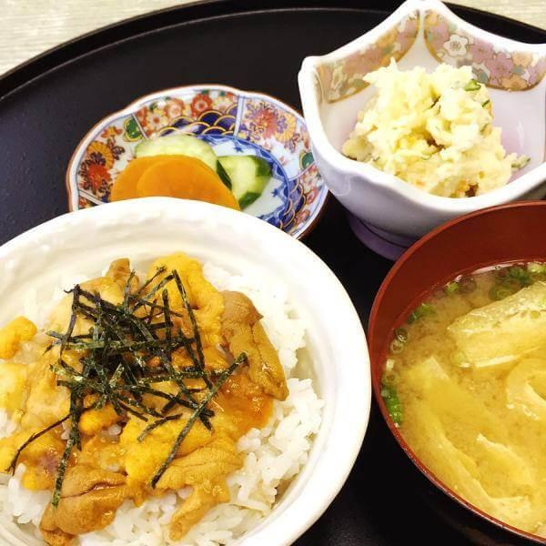 壱岐 ウニ丼 太郎
