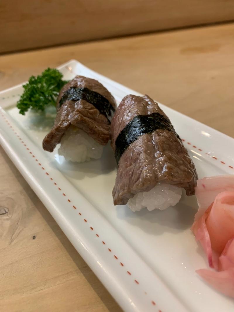 三益寿司の壱岐牛のにぎり